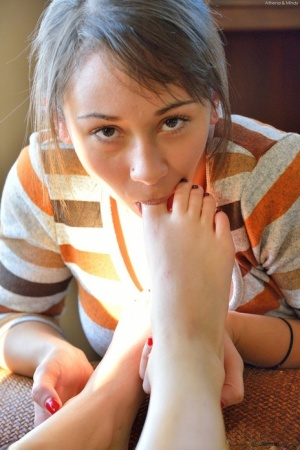 Teen Sucking Toes Pics