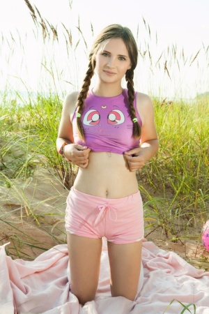Pigtail Teen Pics
