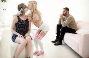 Teen Blindfold Pics